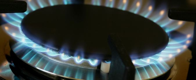 Compare 2018 average gas vs electric stove costs pros versus cons of gas and electric stoves - Electric vs gas heating cost pros and cons ...
