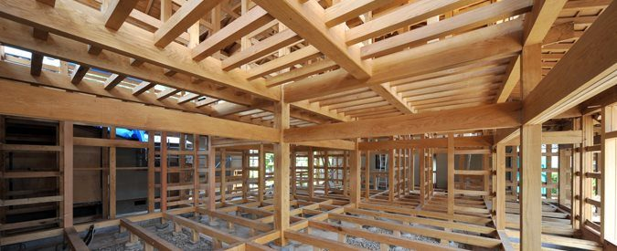Compare 2018 average steel vs wood house framing costs for A frame cost