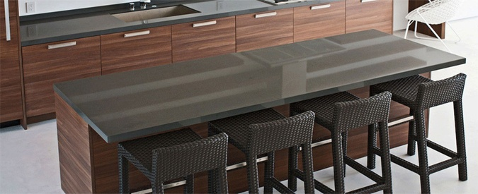Charmant Gray Countertop Kitchen Island Bar